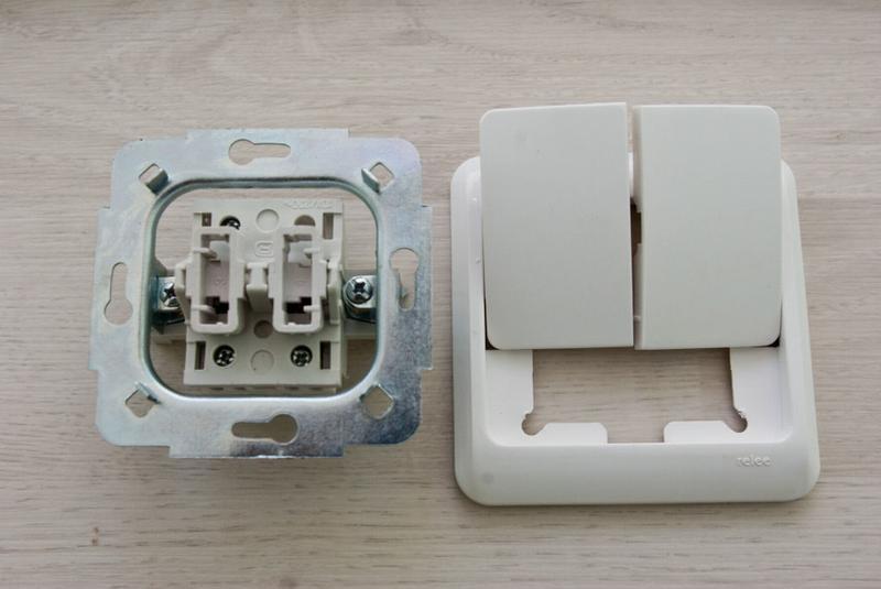 Двойной выключатель