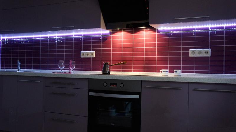 Подсветка кухни в темноте
