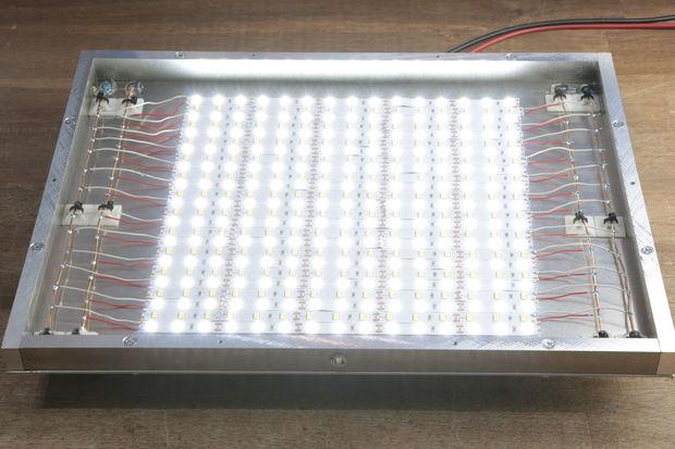 Световая панель на алюминиевой основе
