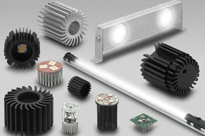 Радиаторы и лампы