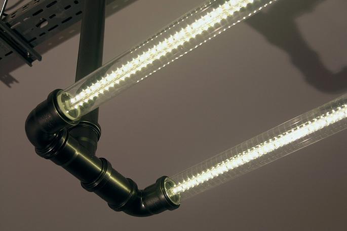 Светодиодная лампа из труб